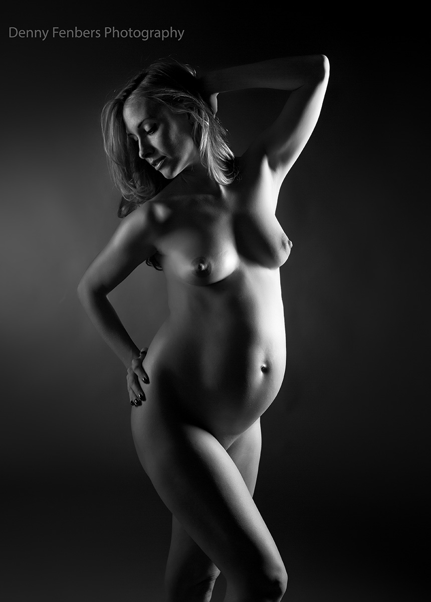 Pregnant Figure Photography Pose - Artistic Nude