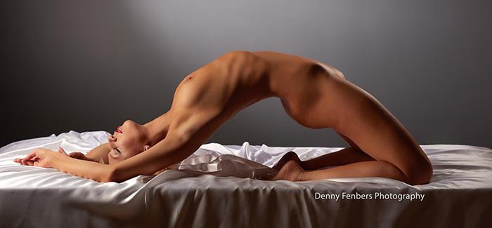 Backbend boudoir nude