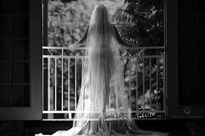 bridal buodoir balcony